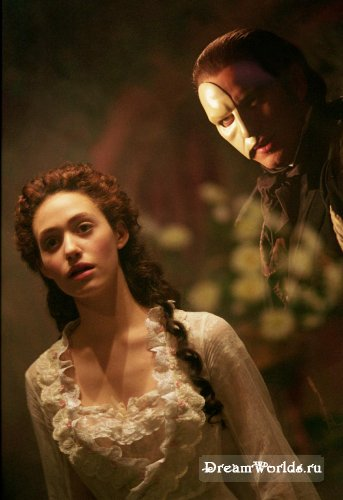 http://dreamworlds.ru/uploads/posts/2008-08/thumbs/1218813897_2004_the_phantom_of_the_opera_001.jpg