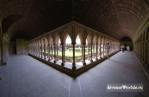 Аббатство Мон-Сен-Мишель (Mont Saint-Michel)