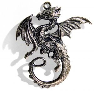http://dreamworlds.ru/uploads/posts/2008-12/1230040372_996820_dragon_knife_pendant.jpg