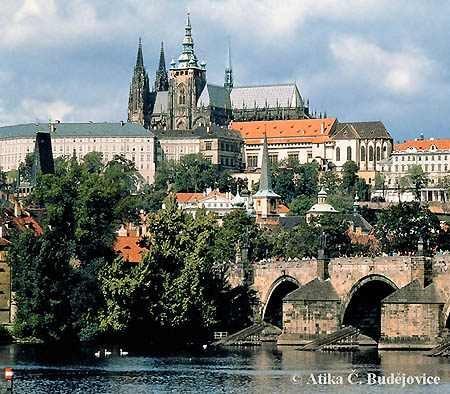 29 июня, в 14 часов на территории Пражского града начнется праздник - Детский день, на который Вас приглашает сам...