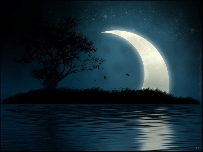 http://dreamworlds.ru/uploads/posts/2010-03/1268155513_35308485_1226779269_huge_moon_41600x1200.jpg