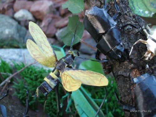 Оригами: насекомые из бумаги (а также крабики, рачки и лягушки) .