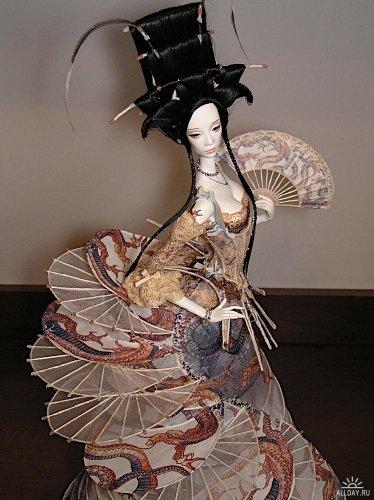 http://dreamworlds.ru/uploads/posts/2010-04/thumbs/1272300794_1252161106_fashion-moon_doll-lamp012.jpg