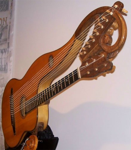 http://dreamworlds.ru/uploads/posts/2010-06/1277029764_1244267289_out-and-about-music-museum-photo-1-harp-guitar.jpg