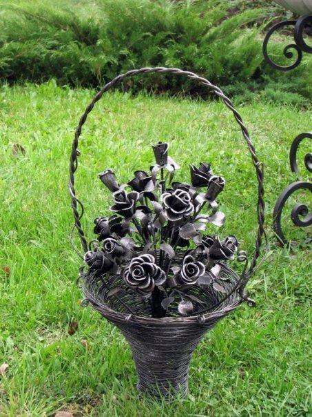 Фото железные цветы