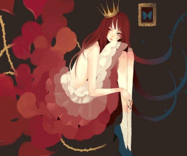 Фото Mokaffe - Девушка с короной на голове.